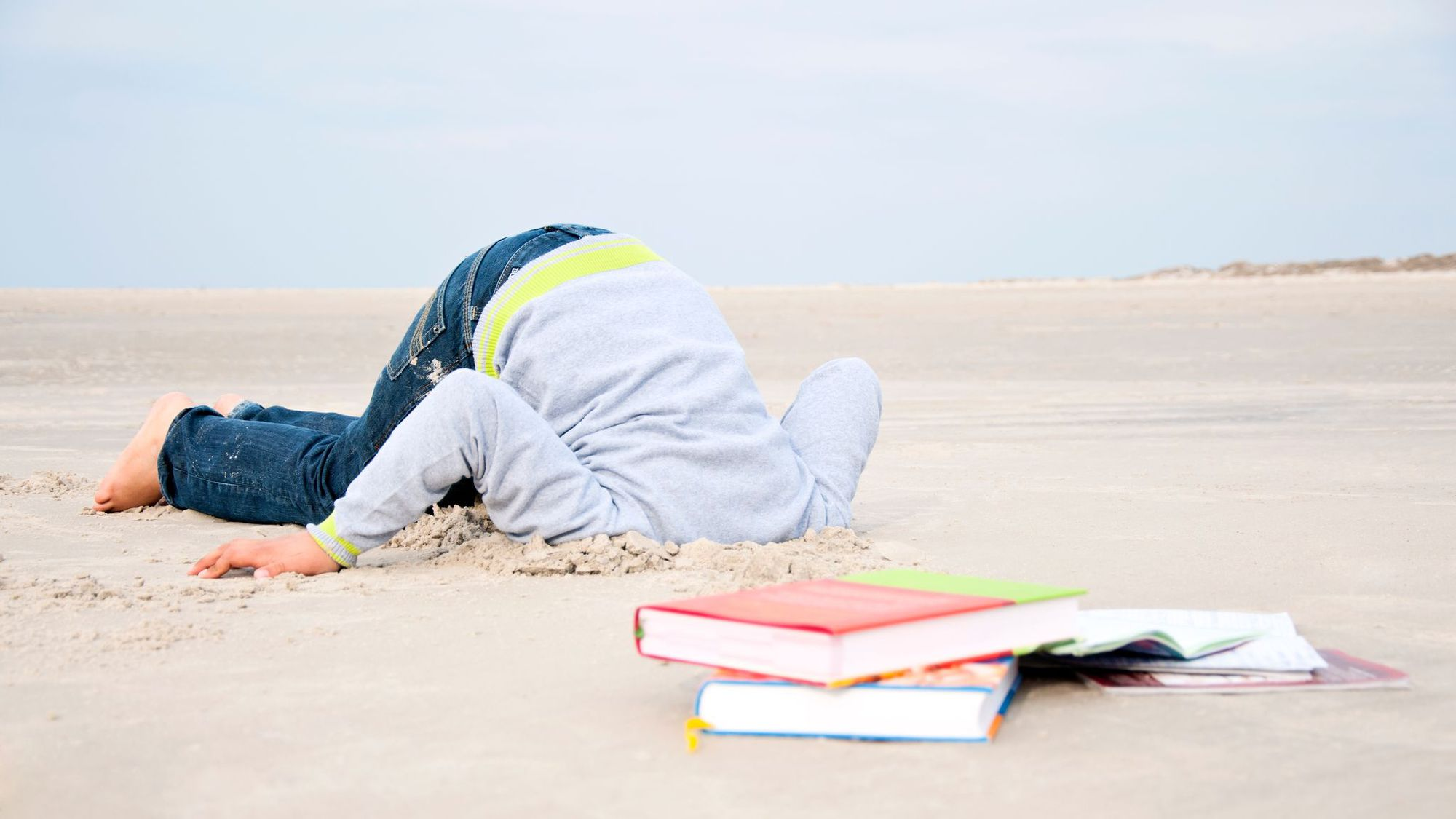 La phobie scolaire s'illustre par des signes d'inquiétude forts: mal au ventre, insomnie, diarrhée, voire tachycardie. Istock